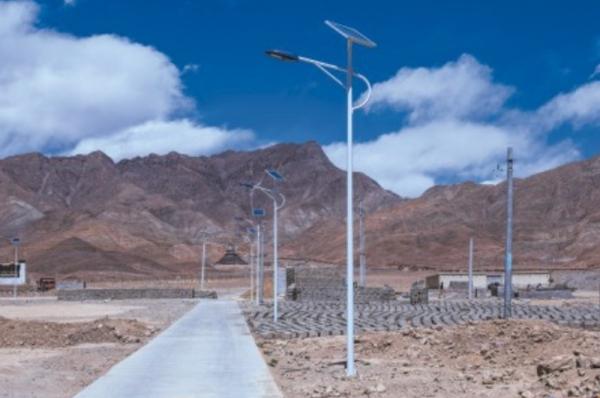 太阳能路灯的蓄电池会有哪些应用及功能
