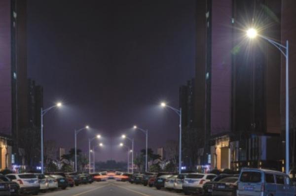 景观灯厂家聊关于太阳能路灯工作的原理